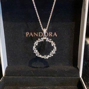 Pandora glacial beauty necklace